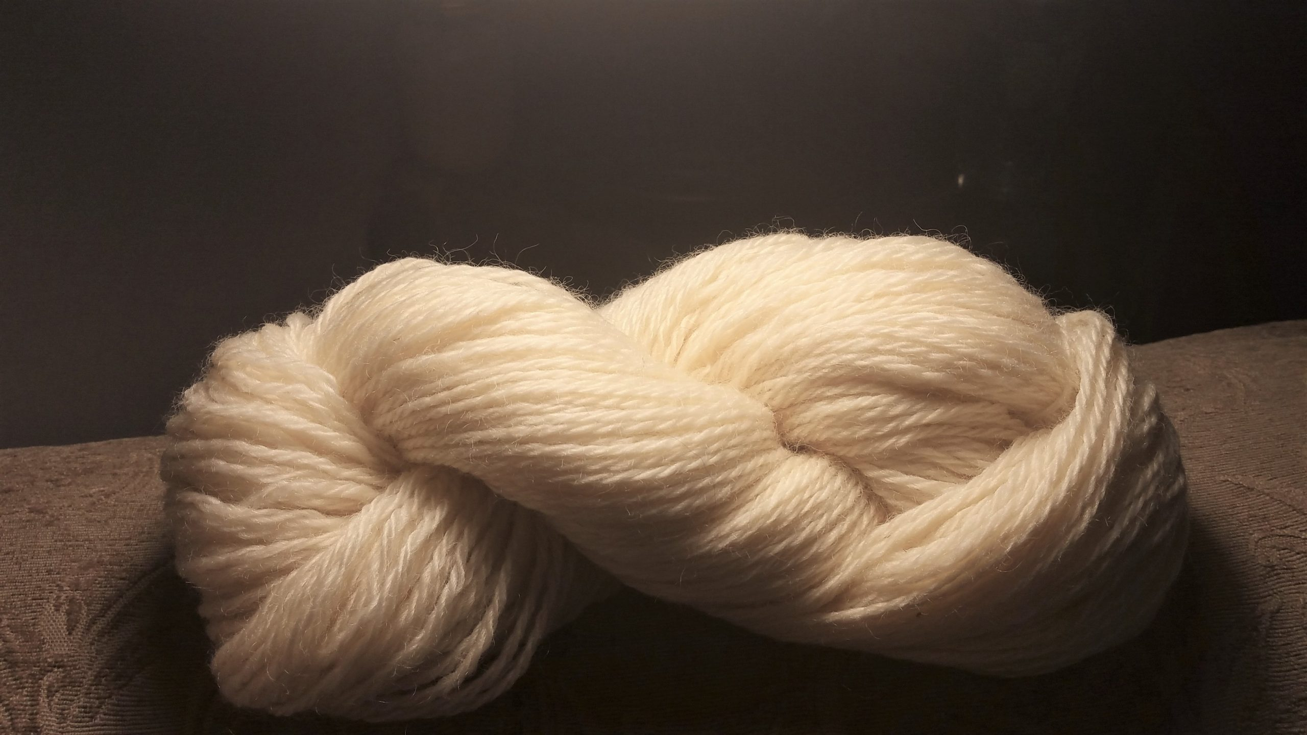 Creamy Cotswold Worsted